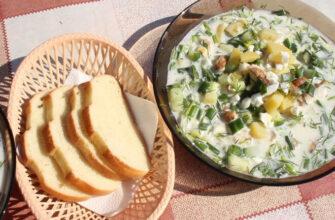 Холодник на сироватці з курячим філе, картоплею і огірками - рецепт приготування