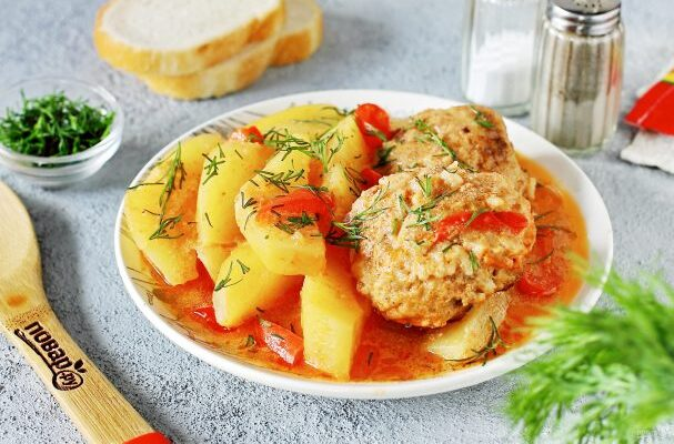 Ледачі голубці з картоплею - рецепт приготування
