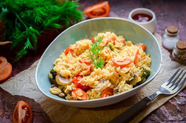 Рис з овочами в сметанному соусі - рецепт приготування