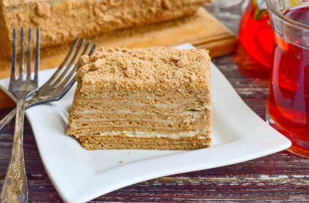 Шоколадний медовик з заварним кремом - рецепт приготування