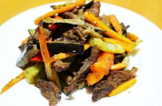 Телятина с овощями и соєвим соусом - рецепт приготування