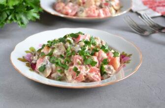 Салат з грибами помідорами і сиром - рецепт приготування