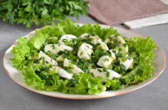 Зелений салат з яйцем і огірком - рецепт приготування