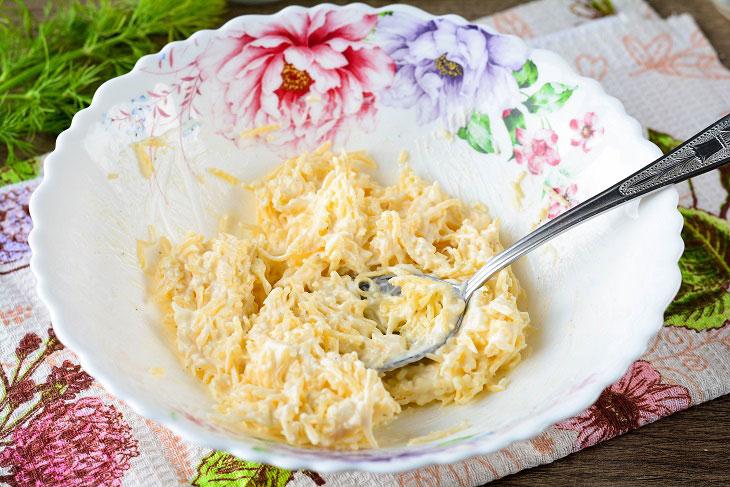 Покроковий рецепт смачної закуски «Помідори під шубою»