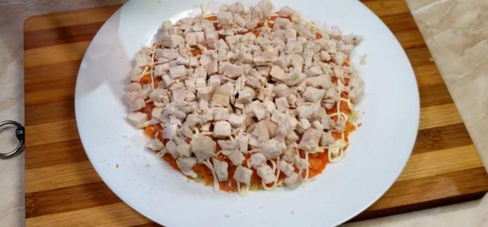 Неймовірно ніжний і легкий салат «Сніжки»: готується все просто